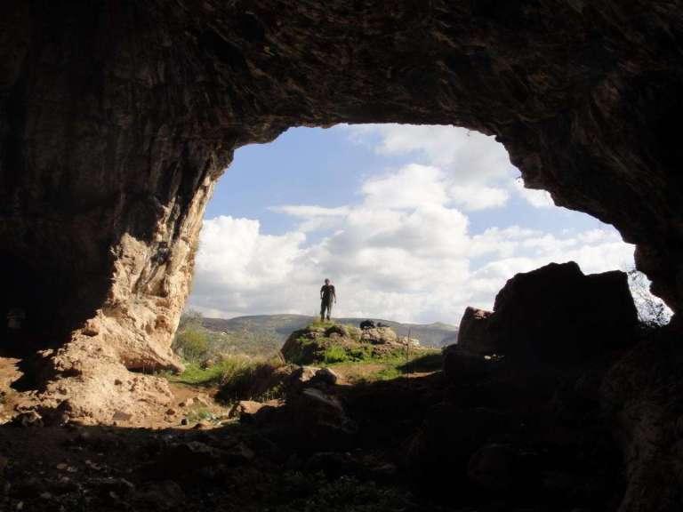 Essa caverna fechada por 40 mil anos pode ter sido o esconderijo dos últimos neandertais