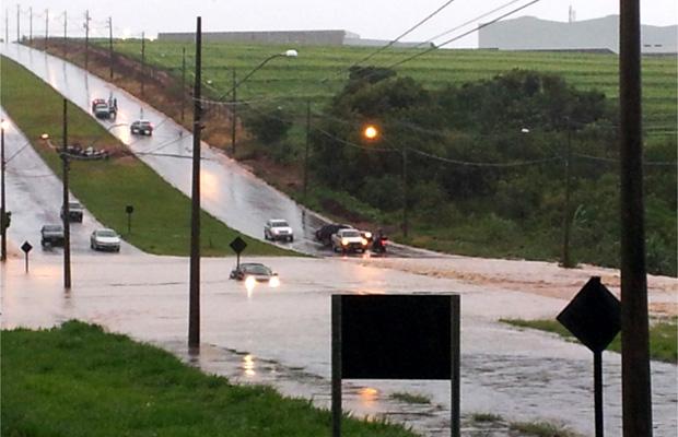 Bill encaminha para C?mara pacote contra enchente?