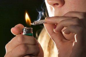 Mortes causadas pelo uso de drogas fatos e eventos (2)