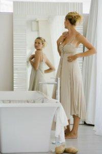 Estudo aponta que olhar no espelho causa ansiedade e depressão fatos e eventos (2)