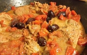 carne di manzo alla pizzaiola con olive