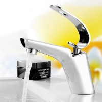 Unique Design PB Free Bathroom Faucet Refined Brass