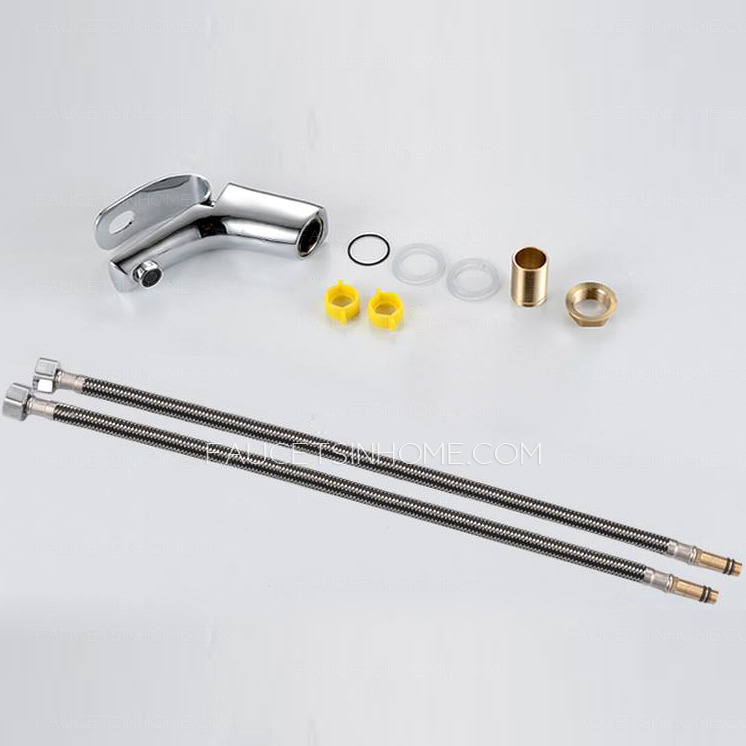Unique Design PB Free Bathroom Faucet Refined Brass