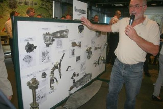 Official presentation of the pieces of FW 190 of Karl Achenbach, the museum of Fargniers.