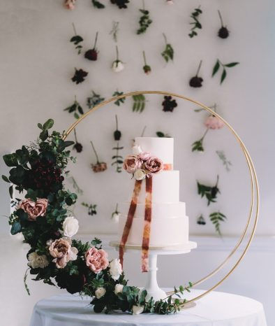 cake flowers Sophie Oldhamstead Photography