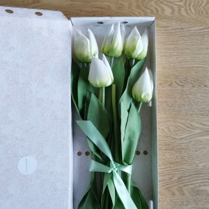 Artificial silk faux tulips white