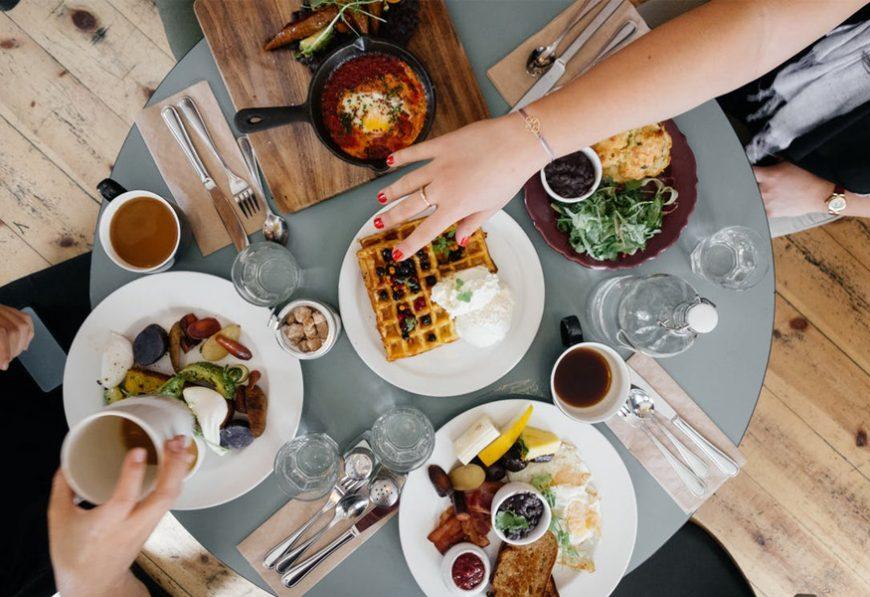 5-alimentos-que-as-noivas-devem-evitar-as-vesperas-do-casamento