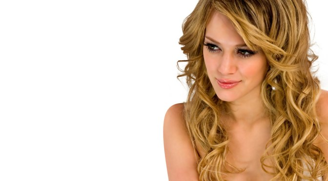 Wavy Curly Hairstyles For Womens To Try To Look Cute