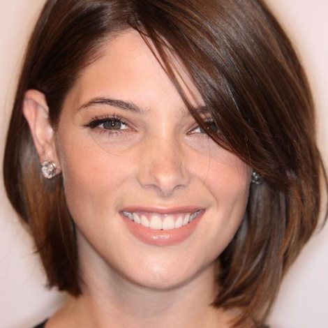 Hairstyle For Women With Professional Career