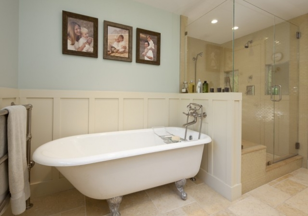 Victorian Bathtub With Half Wall