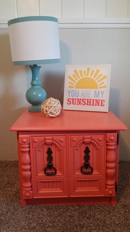 before and after end table makeover