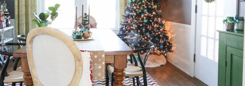 festive-dining-room-decor.jpg
