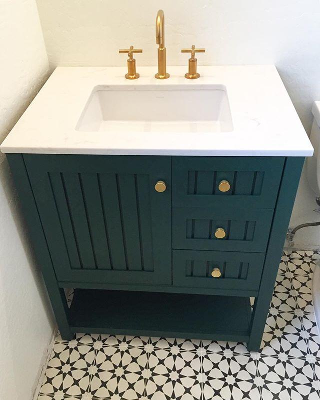 green vanity paint color
