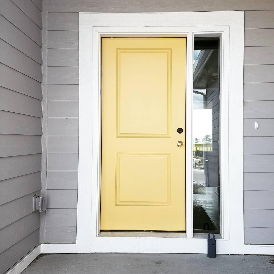 Benjamin moore favorite paint colors blog for Front door paint colors