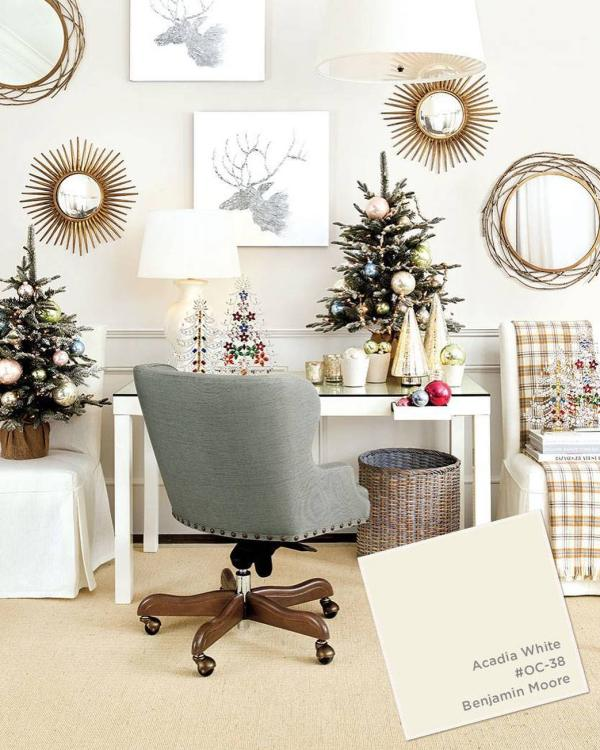 Christmas decor and paint color