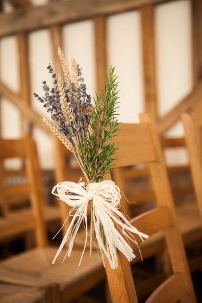 Wedding-Chair-decorated-with-Raffia