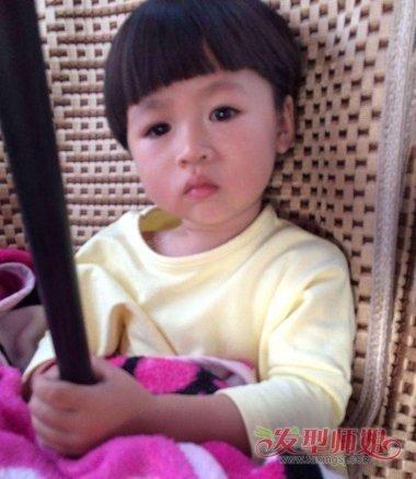 寶寶鍋蓋發型怎么剪 女寶寶發型如何剪發_發型師姐