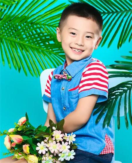 2—8歲小男孩發型 照著剪準帥翻了-兒童發型-發型站_最新流行發型設計發型圖片與美發造型門戶網