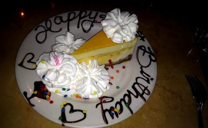 I Wouldnt Normally Write About Food At The Cheesecake Factory Who Hasnt Eaten There Right Were All Pretty Familiar With This Humungously Popular