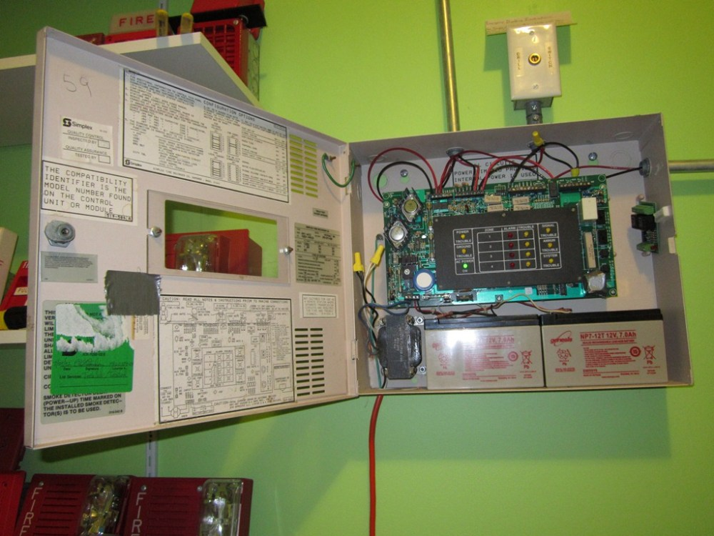 medium resolution of in july of 2005 i bought a simplex 4001 fire alarm control panel facp on ebay the main purpose of this device is to alert people in a public building of