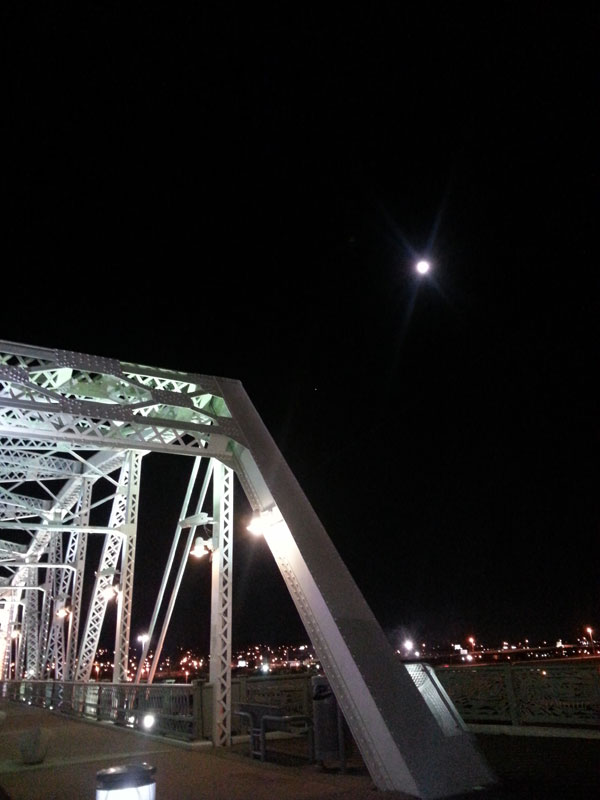 FBC 06 Moon over Shelby Street Bridge