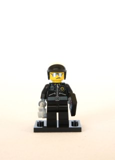 The LEGO Movie Minifigures - Scribble-Face Bad Cop 1