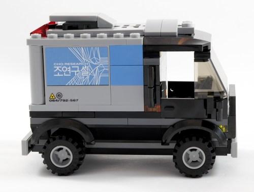 76032 Not-a-semi Truck Side