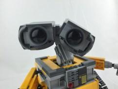21303 WALL-E 13