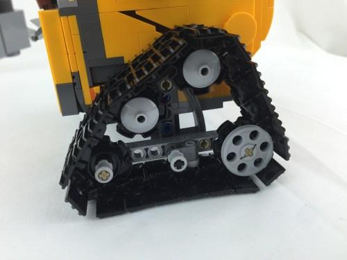 21303 WALL-E 5