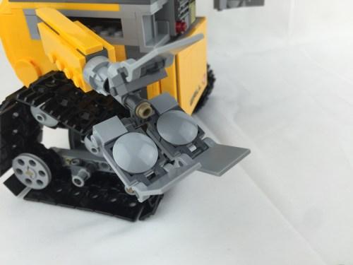 21303 WALL-E 8