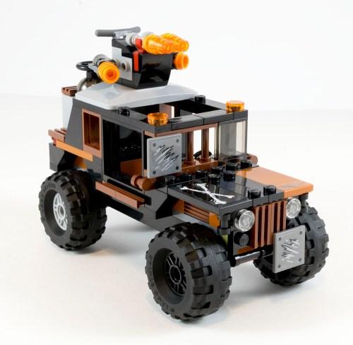 76050 Crossbones' Truck