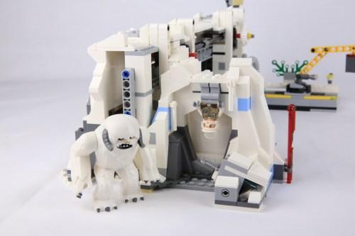 75098 Assault on Hoth 25