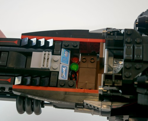 70905-the-batmobile-cockpit