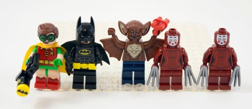 70905-the-batmobile-minifigures