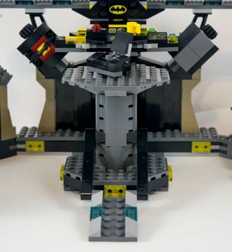 70909-batcave-console-base