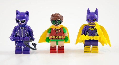 70902-catwoman-catcycle-chase-minifigures