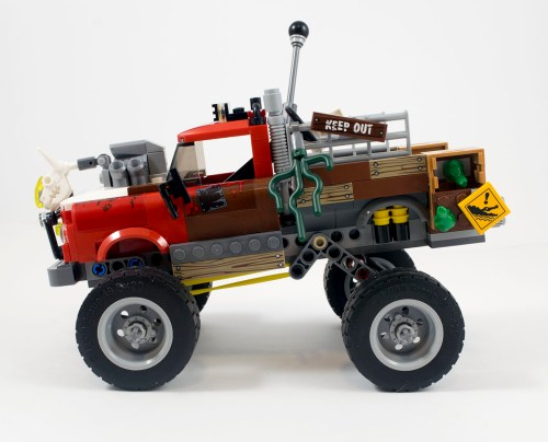 70907-tail-gator-left-side