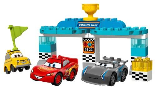10857-Piston-Cup-Race-05