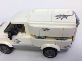 76083 Beware The Vulture Truck 7
