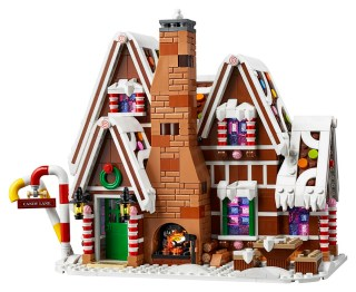 LEGO Gingerbread House front 2