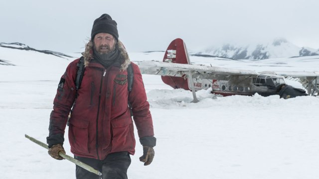 "REVIEW: ""Arctic"" ★★★★"