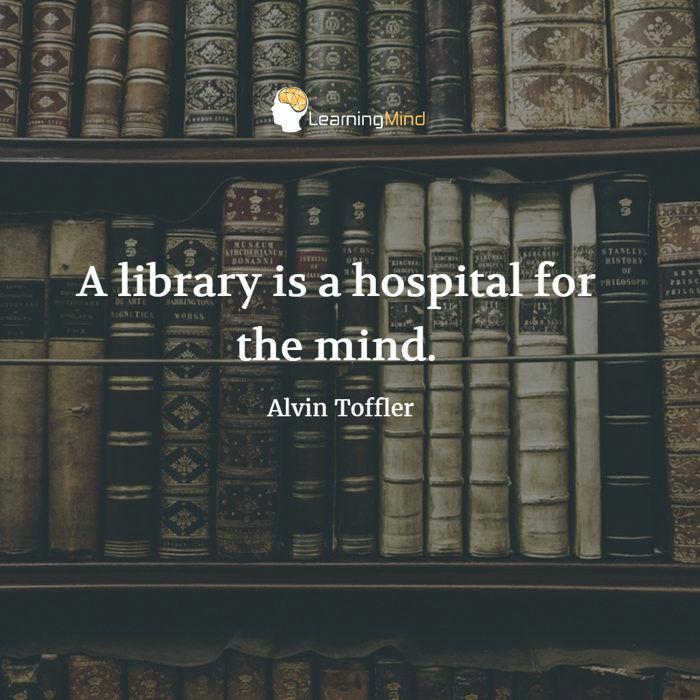 图书馆是个医学医生。