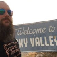 METAL GROOVE RADIO #105 - NATHAN FROM KYUSS WORLD GOES TO THE DESERT 4.9.17