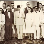 Ian Stewart ( 2nd place, back row) , Benard Kalb (4th place, back row) and Anthony Lawrence (6th place, back row) with President Sukarno in1955.