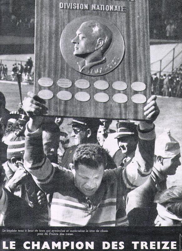 le bouclier remporter par l'équipe de rugby lézignan corbières