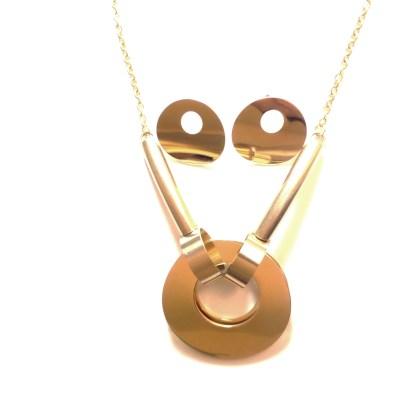 Elegant oval chain set