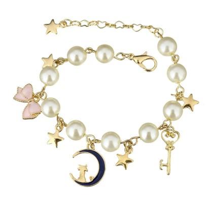 Fancy Pearl Bracelet with moon charm