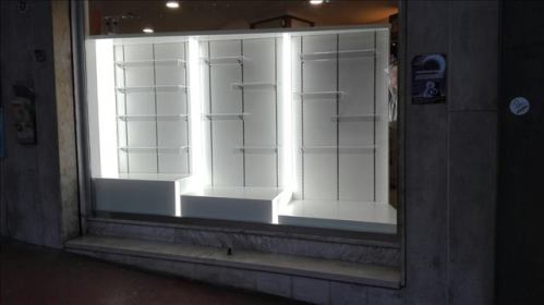 Farmacia Messina progettazione vetrina