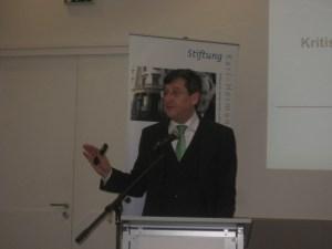 in Hochkarätige Informationsveranstaltung der Friedrich-Nauman-Stiftung.