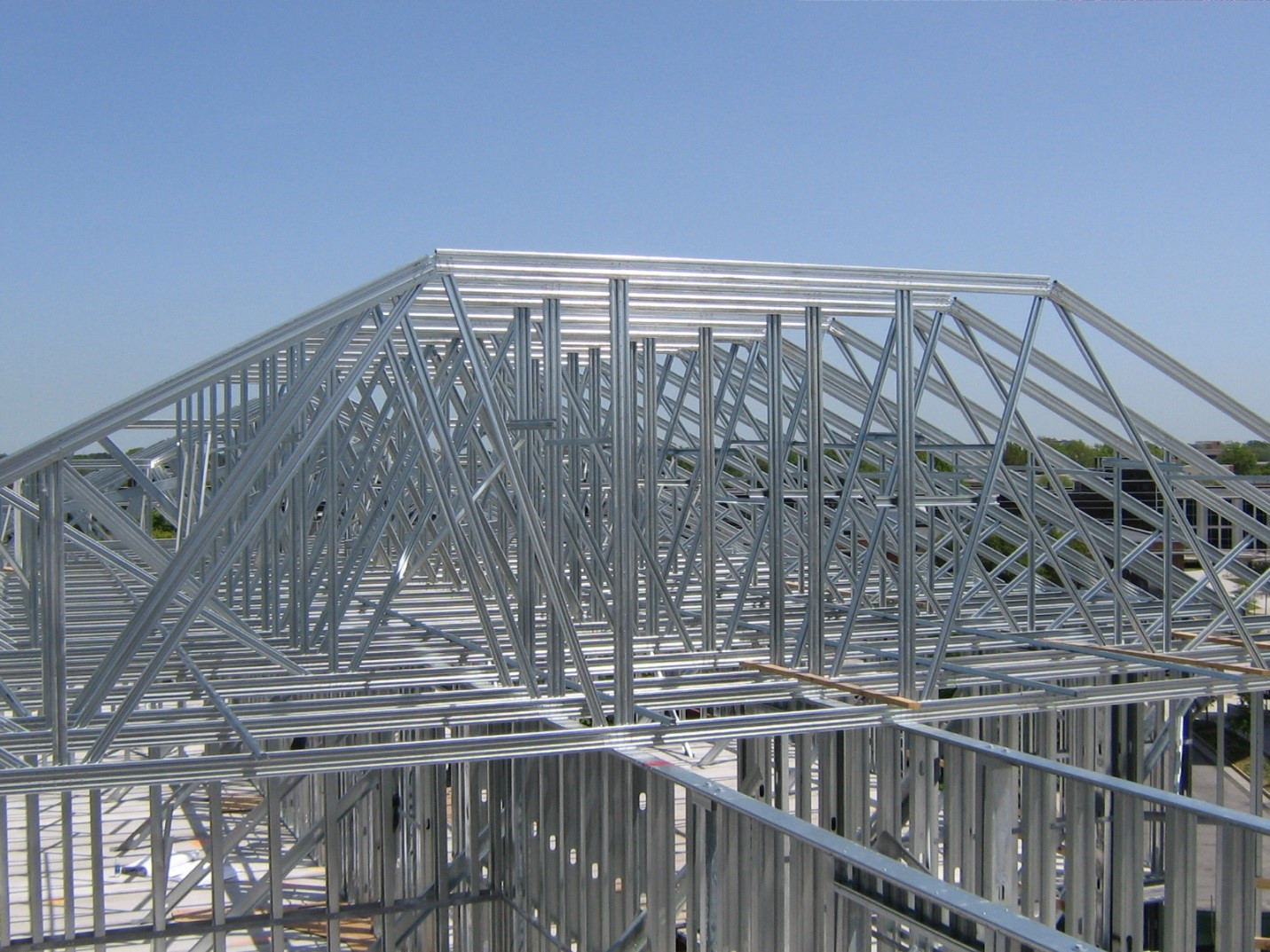 how to build a steel roof truss
